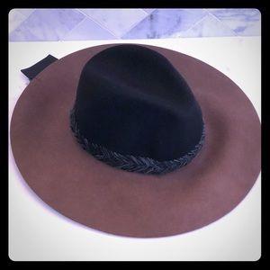 NWT Zara Floppy Wool Hat